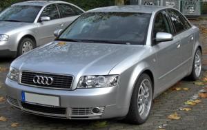 Audi_A4_B6_(2000–2004)_front_MJ