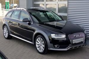 Audi_A4_B8_Facelift_allroad_quattro_2.0_TFSI_S_tronic_Phantomschwarz